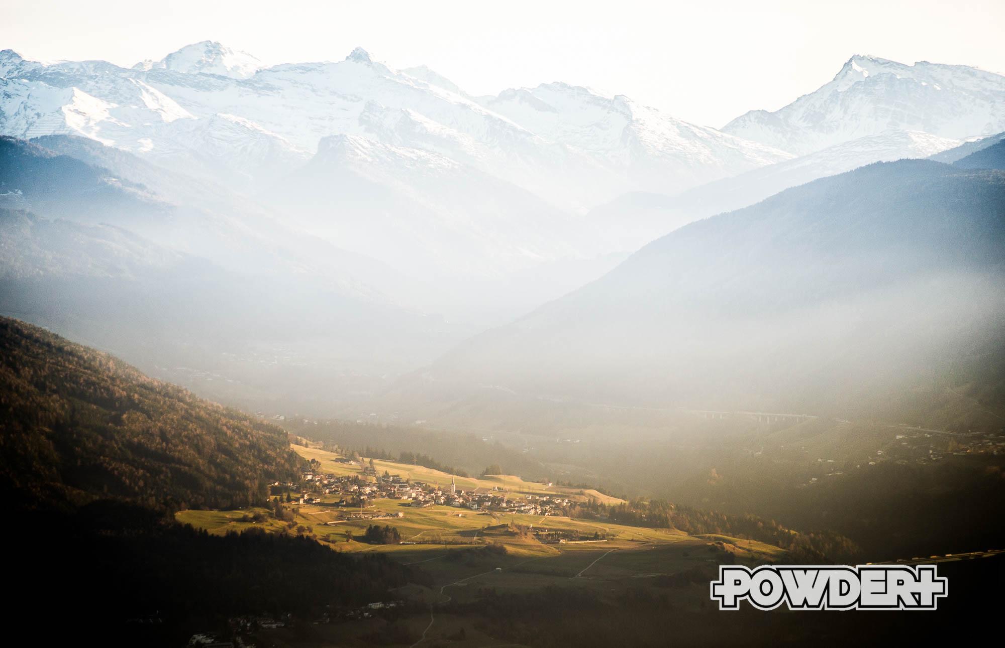 Seltsame Randsportarten Herbstskifahren Powder