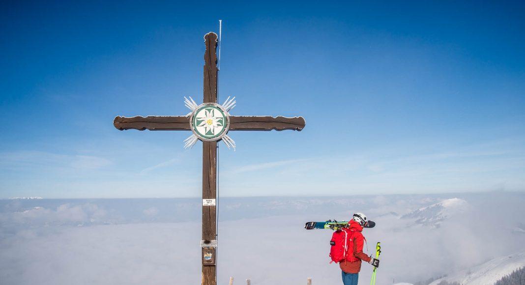 rettenstein runde, kitzbühel, westendorf, rettenstein, rettenstein freeride, kitzbühel freeride, skitour, kitzbühel skitour, freeride-tour, schnee, skipiste, contemporary, gipfelkreuz